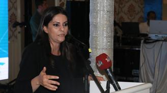 Sarıeroğlu: Türkiye'de emeklilik yaşı 65 değil