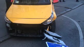 Moskova'da taksi kalabalığın arasına daldı: 8 yaralı