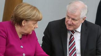 Almanya'da sığınmacı çatlağı büyüyor