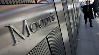 Moody's'ten Nijerya ve Angola'ya uyarı