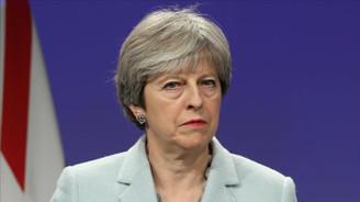Theresa May'den ABD'ye 'göçmen' tepkisi