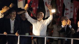 Karamollaoğlu, Üsküdar'da halka hitap etti