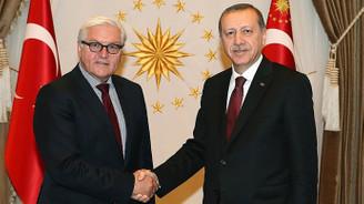 Steinmeier ve Merkel'den Erdoğan'a kutlama