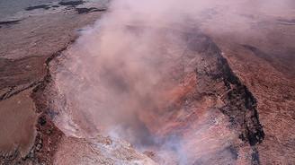 Hawaii'de bir ayda 9 bin 900 deprem meydana geldi