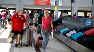Geri dönen Rus turist alışverişte umut oldu