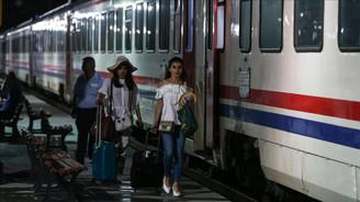 Kaza sonrası tren seferleri yeniden başladı