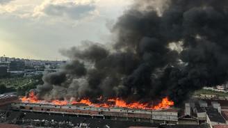 İstanbul Zeytinburnu'nda yangın