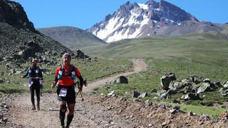 200 atlet Erciyes'in volkanik tepelerinde koşacak