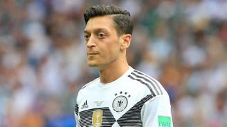 Özil, Alman Milli Takımı'nı bıraktı