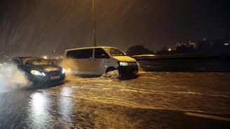 İstanbul için sel ve fırtına uyarısı