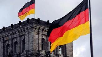 Almanya'da PMI verileri beklentileri aştı