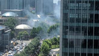 ABD'nin Pekin Büyükelçiliği önünde patlama