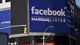 Facebook'un bir günde dörtte biri eridi