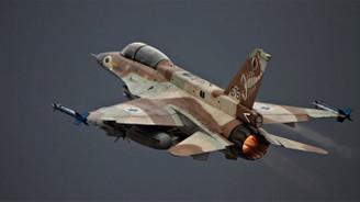 İsrail, Humus'ta Suriye üssüne saldırdı