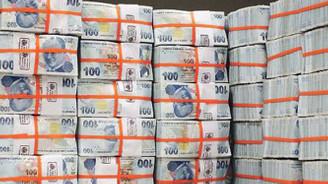 Hazine, ihaleler öncesinde 8.95 milyar borçlandı