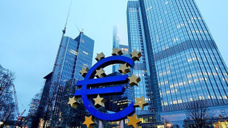 Euro Bölgesi'nde imalat sanayi, temmuzda da zayıf kaldı