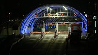 Kapatılan Avrasya Tüneli trafiğe açıldı