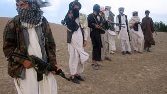 Taliban 100'den fazla yolcuyu kaçırdı