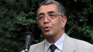 Gazeteci Baki Özilhan hayatını kaybetti