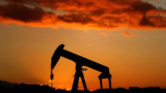 ABD'nin petrol stokları azaldı