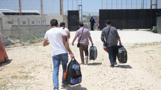 Suriyeliler bayram için ülkelerine gidiyor