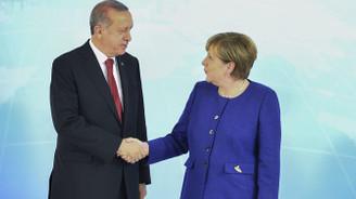Merkel ile Erdoğan görüş ayrılıklarını ele alacak