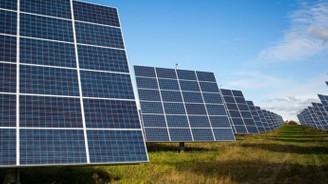 Özbekistan 1,2 milyar dolarlık güneş paneli kuracak