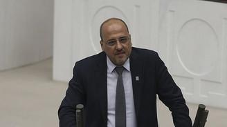 Ahmet Şık'a açılan davaya durdurma kararı