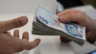 Bankaların kredi hacmi arttı, tüketici kredileri azaldı