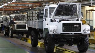 Rus otomobil üreticilerinden TL kararı