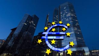 Euro Bölgesi'nde ekonomik faaliyet hafif toparlandı