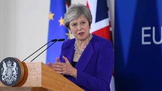 May'den Brexit çağrısı: Bir kez daha düşünün