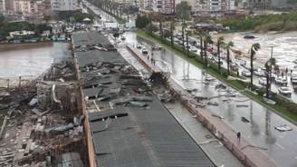 Antalya'da 229 binada hasar tespit edildi