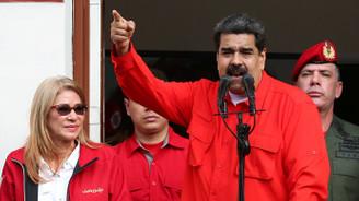 Maduro: Bu darbe girişimini atlatacağız