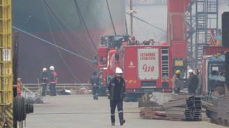 Tuzla tersaneler bölgesinde gemi yangını: 2 ölü, 11 yaralı
