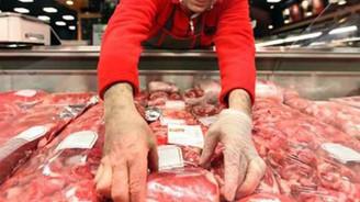 Süt ve et üretimi ithalatla artıyor