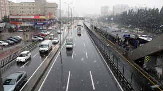 AKOM'dan İstanbul için akşam saatlerinde şiddetli kar uyarısı