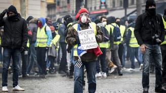İtalyan hükümetinden Sarı Yeleklilere destek