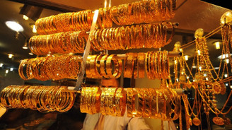 Altın fiyatlarında ilk işlemler aşağı yönlü