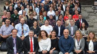 İzmirli gençler dünya üniversiteleri ile buluştu