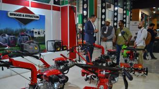 50 bin liradan 2 buçuk milyon TL'ye kadar traktörler sergileniyor
