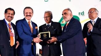 Pakistan Devlet Başkanı Alvi'den Hisarcıklıoğlu'na ödül