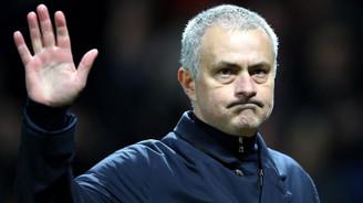 Jose Mourinho Tottenham Hotspur'un başına geçti