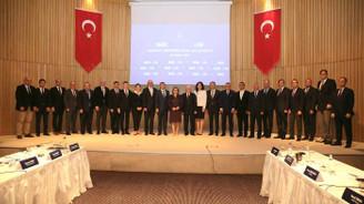 """""""Elektrikli ve otonom araç yatırımlarını Türkiye'ye çekmeliyiz"""""""
