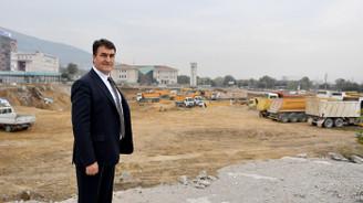Osmangazi'de meydanın 21 metre altına 2 bin araçlık otopark yapılacak