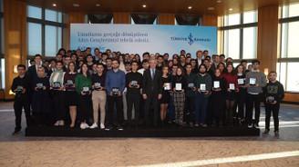 İş Bankası, 48 yılda 3 bin 500'ü aşkın 'Altın Genç'i ödüllendirdi