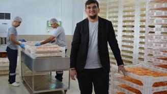 Nuri Bey Çiftliği, 87 bin ağacın ürünlerini kurutulmuş meyveye dönüştürüyor