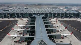İstanbul Havalimanı'nda pankartla yolcu karşılama sona erdi