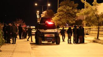 İzmir'de şüpheli paketten EYP çıktı