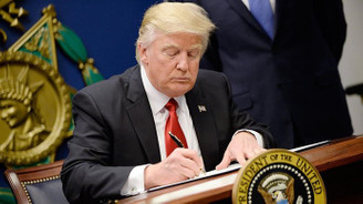 Trump ulusal acil durum ilan etti